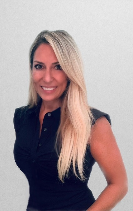 Weight Loss Specialist Dionne Fleming in Naples
